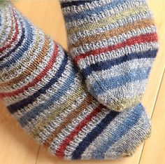 Speed Bump sock knitting pattern