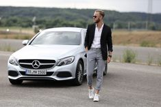 Mercedes-Benz C-Klasse Coupé Trier Hess Bernd Hower Fashionblog Blogger Blog Luxembourg Luxemburg CLA Style and Fitness Auto Cars Fahrzeug Blink Photography, Photography Poses For Men, Car Senior Pictures, Car Pictures, Mercedes Benz, Foto Cars, Car Poses, Mens Photoshoot Poses, Summer Outfits Men