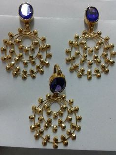 Gold Jewelry Design In India Real Gold Jewelry, Trendy Jewelry, Jewelry Gifts, Fashion Jewelry, Indian Jewelry, Diamond Jewelry, Jewelry Accessories, Gold Earrings Designs, Gold Jewellery Design