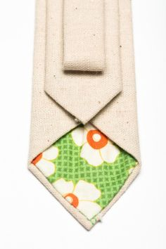 Month of Mae - Natural Linen - Neck Tie