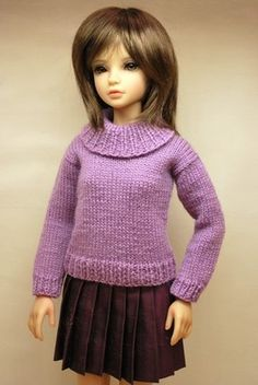 DWD Free Pattern # 13  Click Here to Download  Fits a large range of Mid-Size BJDs and vinyl dolls