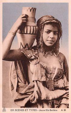 La Beauté des Femmes dans le Monde en 1900 (7)