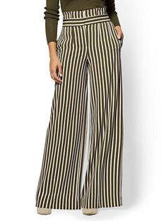 Shop 7th Avenue Petite Pant - Paperbag-Waist Palazzo - Stripe. Find your perfect size online at the best price at New York & Company.