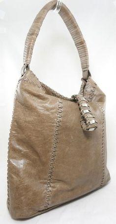 Nike Ya Rowena Tote Shoulder Bag | Sport Chek