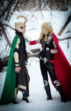 Fem Thor and Loki cosplay- I love that they are covered up!<=== thank you someone actually agrees that there are too many revealing Fem Thor and Loki cosplayers. Aside from that best genderbent cosplay I've seen if the two Thor Cosplay, Female Cosplay, Thor Costume, Amazing Cosplay, Best Cosplay, Cosplay Diy, Disney Cosplay, Halloween Cosplay, Halloween Costumes
