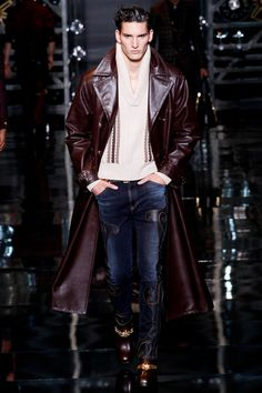 Versace Fall-Winter 2014 Men's Collection Love the coat!