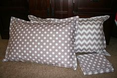 Pillow Sham Tutorial  with SIMPLE Envelope Closure Here's a really easy way to make a cute pillow sham with an envelope bac...