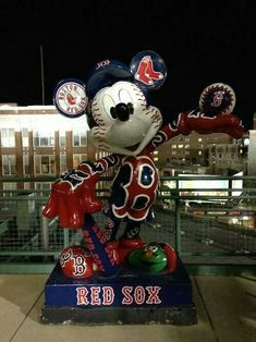 Mickey as a Red Sox baseball player this is awesome! Red Sox Baseball, Baseball Socks, Baseball Crafts, Sports Baseball, Softball, Boston Sports, Boston Red Sox, Red Sox Nation, Boston Strong