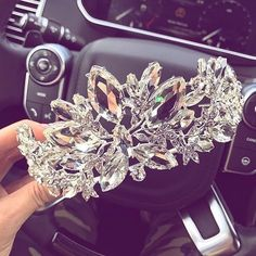 Find images and videos about yes, crown and tiara on We Heart It - the app to get lost in what you love. Cute Jewelry, Hair Jewelry, Jewelry Accessories, Royal Jewels, Crown Jewels, Crystal Crown, Circlet, Bridal Crown, Fantasy Jewelry