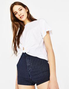 T-shirt avec nœud devant - Tee-Shirts - Bershka France Zara Shop, Beauty P, Casual Shorts, Short Dresses, T Shirt, Crop Tops, Tees, Cotton, Birkin