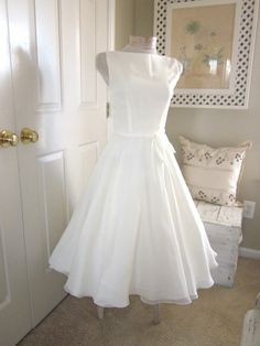 Vintage 50's theme  Soft and Demure Vintage Style Wedding Dress by TenderLane on Etsy, $179.00