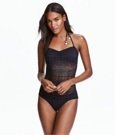 Pin for Later: Die 10 besten Bikinis und Badeanzüge von H&M  Bandeau-Badeanzug aus Spitze (25 €)