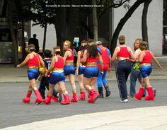 Centro de entrenamiento de la Mujer Maravilla. / Wonder Woman Training Center.