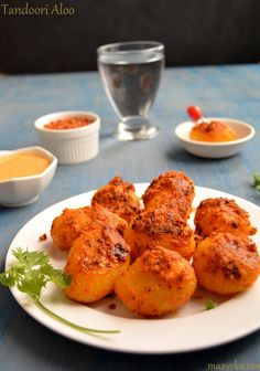Tandoori Aloo- Baby potatoes marinated and stir fried with yogurt and Indian spices, How to make tandoori aloo Vegetarian Cooking, Vegetarian Recipes, Healthy Recipes, Healthy Food, Indian Food Recipes, Asian Recipes, Ethnic Recipes, Aloo Recipes, Tandoori Recipes