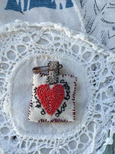 corazoncito bordado <3