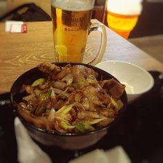 今日は久々に昼からビール!ビールのお供はスタミナ丼です^ ^#スタミナ定食 #ビール #肉