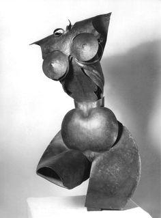 "Pablo Gargallo, ""Torse de femme"", cuivre, 1915 © Archives P. Gargallo - Pablo Gargallo - Wikipedia, la enciclopedia libre"
