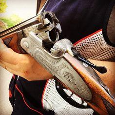 Oldie, but goldie. shotgun seen at the… Skeet Shooting, Shooting Guns, Shotguns, Firearms, Beretta Shotgun, Double Barrel, Hunting Rifles, Guns And Ammo, Barrels