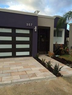Pin by desiree ramos on fachadas de casas pinterest house for Fotos fachadas casas modernas puerto rico