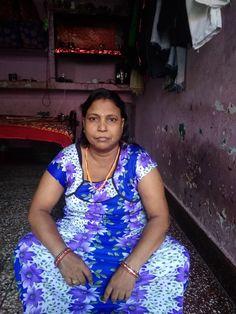 Aunty Desi Hot, Desi Bhabi, Indian Wife, Meet Women, Beautiful Women Over 40, India Beauty, Beauty Women, Sexy, Prom