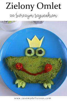 Cute frog omelette which is made with spinach. Crazy and healthy idea for kids` breakfast, snack, luncg, dinner or supper. Cute Frogs, Breakfast For Kids, Omelette, Food Styling, Food Art, Spinach, Quality Time, Food Photography, Food And Drink