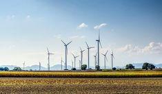 Las energías renovables reducirán casi a la mitad sus costes para el 2020 - https://www.renovablesverdes.com/las-energias-renovables-reduciran-casi-la-mitad-costes-2020/