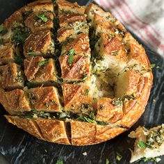Cheesy Garlic-Herb Pull-Apart Bread