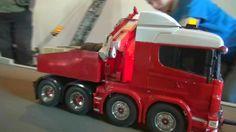AMAZING RC MODEL TRUCK HEAVY WEIGHT TRANSPORT LONG VEHICLE TROJAN ENERGI...