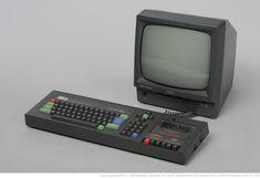 Micro-ordinateur Amstrad CPC 464 - n de série du clavier 5 #gallica Home Computer, Box Tv, Random Things, Keyboard, Jazz, Video Games, Digital, Vintage, Consoles