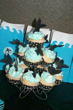 shamu cupcakes