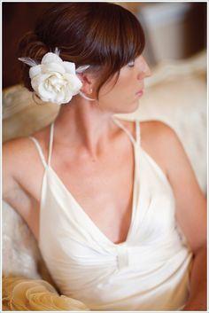 Tendance Robe du mariée  2017/2018  Nicole Miller strappy wedding gown } Joielala Photographie