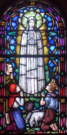Our Lady of Fatima in Stained Glass