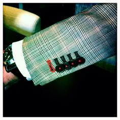 Kissing horn buttons. Fantastic E. Thomas cloth. Red thread accents.