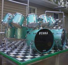 Dope Music, Indie Music, How To Play Drums, Snare Drum, Beautiful Guitars, Drum Kits, Custom Guitars, Guitar Design, Travel Design