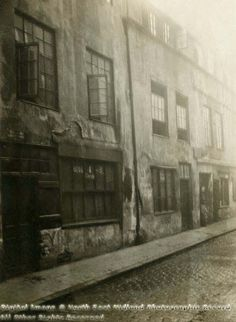 Red Lion Street, Registered Lodging Houses, No's Nottingham Lace, England, Uk Photos, Slums, My Heritage, Antique Prints, Back In The Day, Dark Fantasy, Family History