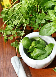 herb pesto :: my blue & white kitchen