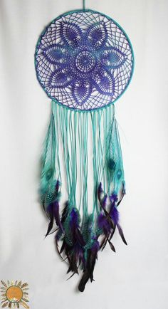 Large Turquoise and Purple Dream Catcher with a Vintage Crochet Doily and Peacock Feathers Mehr Doilies Crafts, Crochet Doilies, Crochet Granny, Dreams Catcher, Dreamcatcher Crochet, Los Dreamcatchers, Purple Dream Catcher, Beautiful Dream Catchers, Doily Dream Catchers