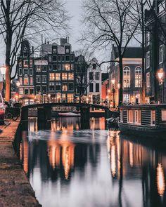 Amsterdam, Netherlands credit @een_wasbeer