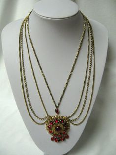 VINTAGE GOLD PLATE NECKLACE W/RED CABOCHONS/FILIGREE & FOUR CHAINS