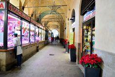 mercato a padova-piazza-delle-erbe-portici-sotto-salone