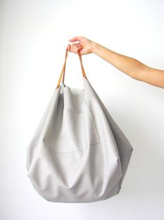DIY: maxi bag (translate instructions or just follow photos & measurements)