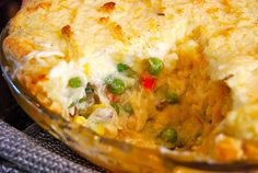 Monster Mama: Chicken Pot Pie with Mashed Potato Top Pie And Mash, Potato Toppings, Le Chef, Pot Pie, Fabulous Foods, Casserole Recipes, Mashed Potatoes, Chicken Recipes, Food And Drink