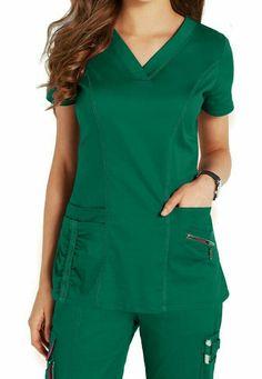 Beyond Scrubs Ellie V-neck Scrub Tops Main Image Scrubs Outfit, Scrubs Uniform, Medical Scrubs, Nurse Scrubs, Green Scrubs, Nursing Clothes, Scrub Tops, Muslim Fashion, Costume