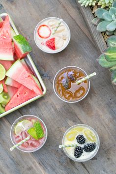 4 Delicious Agua Fresca Recipes and Bar - Sugar and Charm - sweet recipes - entertaining tips - lifestyle inspiration Sugar and Charm – sweet recipes – entertaining tips – lifestyle inspiration Refreshing Cocktails, Summer Drinks, Mexican Food Recipes, Sweet Recipes, Drink Recipes, Fresco, Agua Fresca Recipe, 365days, Canned Coconut Milk