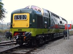 BR Class 55 Deltic 55009 (D9009) Alycidon at Barrow Hill (17/09/2011) | Flickr - Photo Sharing!