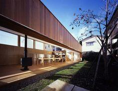 縁側の家(Porch House)/手塚建築研究所