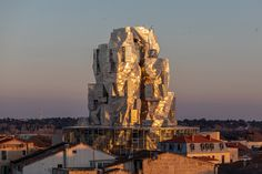 Frank Gehry's twisted Luma Arles tower set to open in June Frank Gehry, Museu Guggenheim Bilbao, Tower Design, Van Gogh Paintings, Philadelphia Museum Of Art, Vincent Van Gogh, Downtown Los Angeles, World Heritage Sites, Aerial View