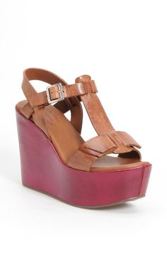 Kork-Ease 'Dixie' Sandal - http://womenspin.com/shoes/kork-ease-dixie-sandal/