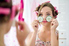 Trends - How to use - Gebruik baking soda tegen wallen en donkere kringen onder je ogen - Hair-Beautyweb.nl