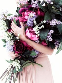 pretty sure these are fake. pretty sure i don't care. #floral #bouquet #pink #lilac